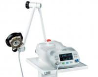 Schwenkbarer Arm mit Befestigung für Laserdiode