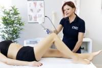 Stoßwellenbehandlung Kniegelenk